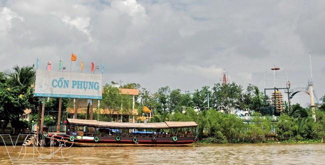 Ben Tre visit Con Phung