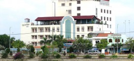 Riverside hotel in Ben Tre